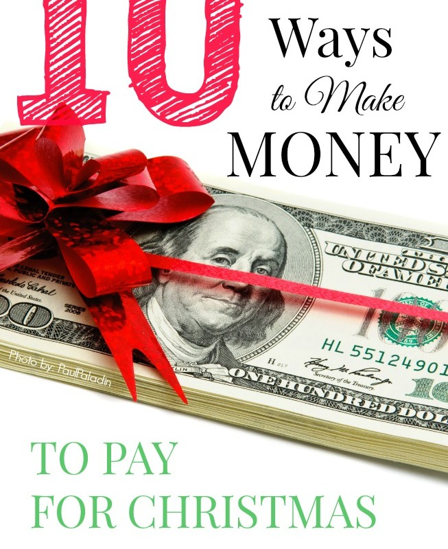 10 Ways to Make Money for Christmas Gifts - Sometimes it's hard to save up enough cash to pay for all the presents you need to buy around the holidays. I like finding creative ideas to earn extra money on the side & save up. Learn how I do it!
