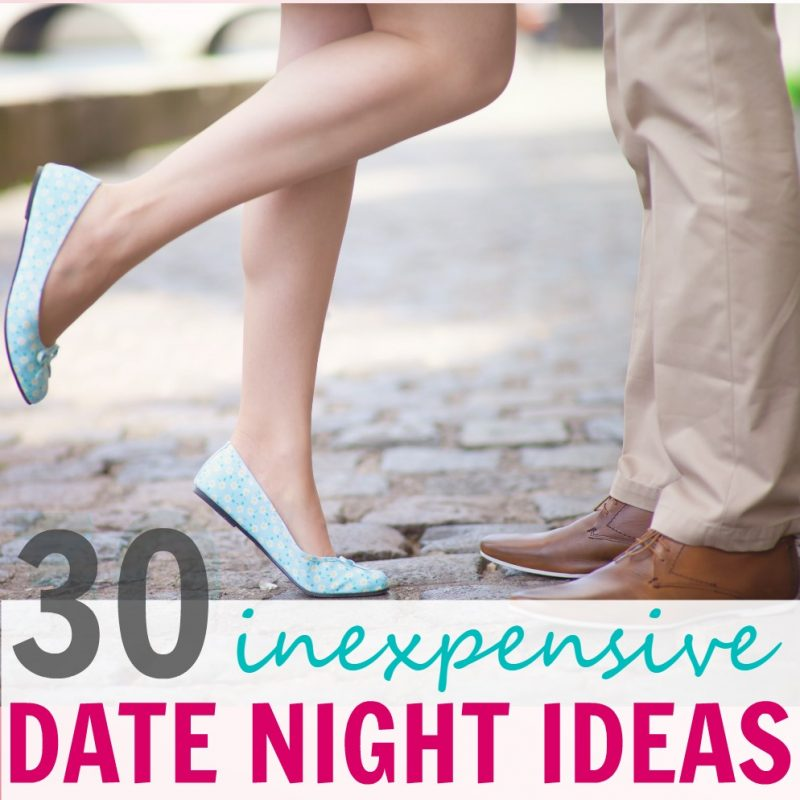 Looking for romantic date night ideas that won't break the bank? You can still go on creative dates with your husband…at home or out on the town…you just need to get creative! These are great for Valentine's Day date nights, too! | fun date ideas for a small budget!